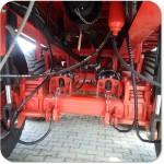 Instalacja centralnego smarowania maszyny rollniczej - rozrzutnik